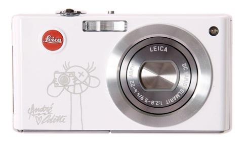 Leica sort la nouvelle édition limitée de leur appareil photo C-lux en collaboration vec le célebre Graf' français Andre Colette.